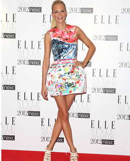 Poppy Delevingne Clashing Prints Celebrity Style Women's Fashion