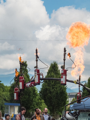 maker-faire-2012-day-2-20120624-29.jpg