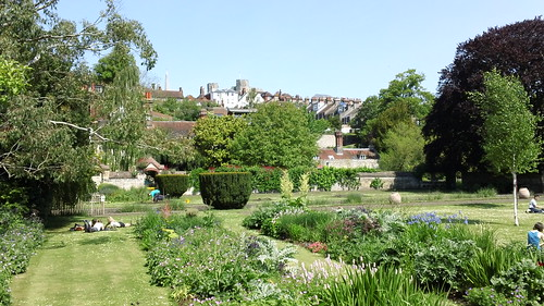 Saturday Walkers Club walk from Lewes, East Sussex to Rottingdean