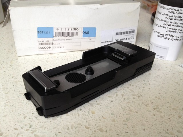fs oem bmw apple iphone 4 media snap in adapter. Black Bedroom Furniture Sets. Home Design Ideas