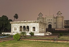 Lahore Fort at night
