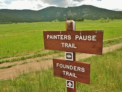 Painters Pause Trail Signage