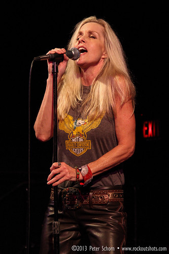 Cherie Currie @ The Magic Bag.jpg