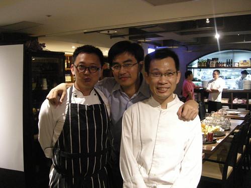 右:王嘉平(義式大廚)   中:徐仲(慢食美食家)   左:簡天才(法式主廚)圖片來源:海龍王愛地球協會