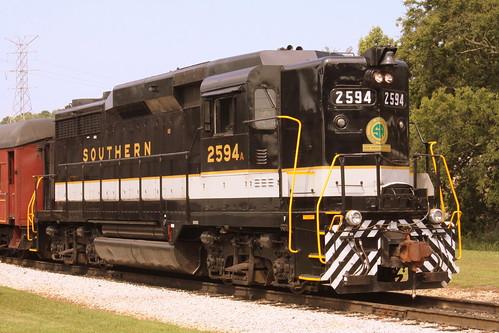 TVRM Railfest 2013: Southern GP30 #2594