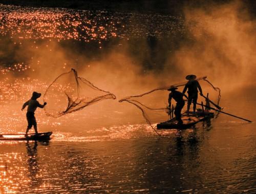 福建霞浦的漁民。(圖片來源:縱橫極地Beyond the horizon陳維滄攝影集)