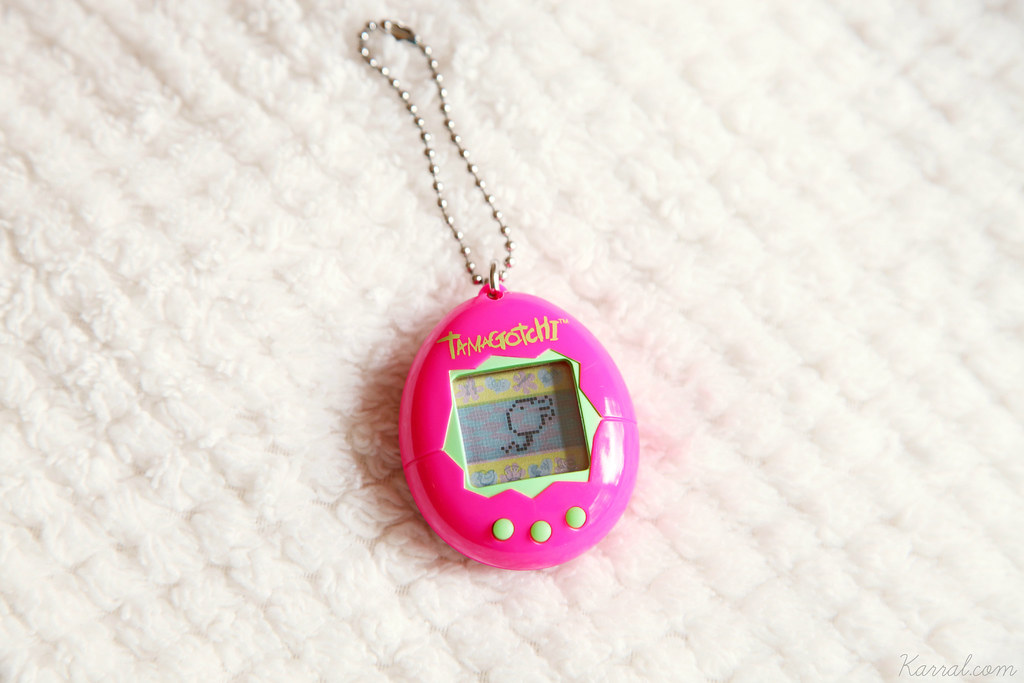 Tamagotchi V1 P1 Nyorotchi day 6 years old yrs unhealthy teenager teen phase stage