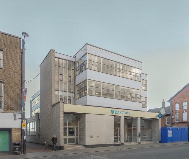 modern bank 2016