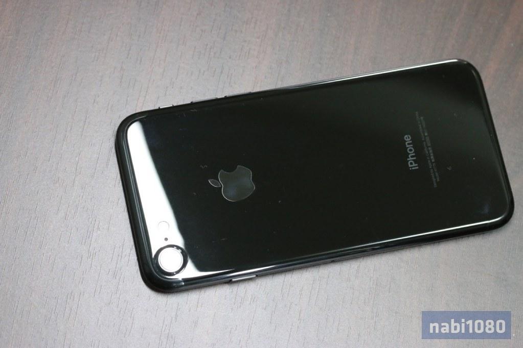 iPhone 7 ジェットブラック03