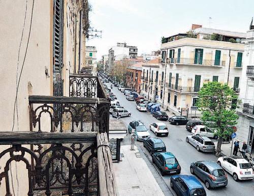 Messina cultura i balconi della bella vista a casa pascoli - Casa della moquette messina ...