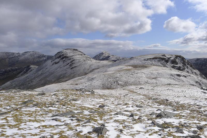 The plateau of Beinn Tharsuinn