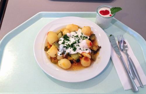 Kräuter-Ofengemüse mit Kressedip