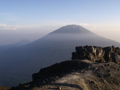 indonesia volcano asia merapi merbabu