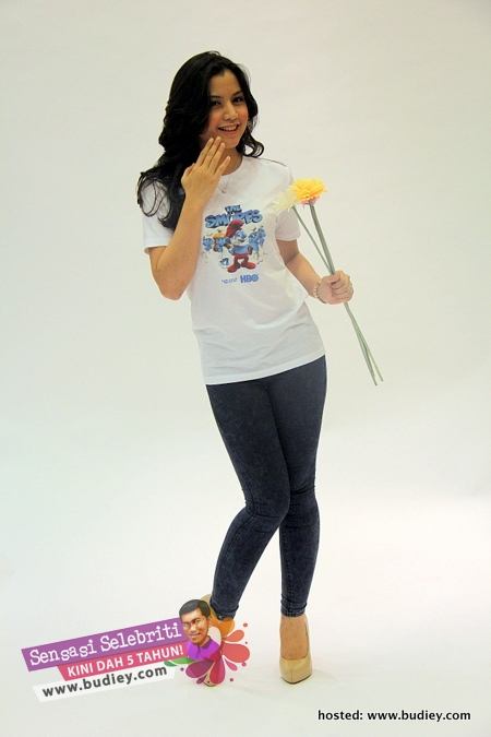 Lisa Surihani The Smurfs