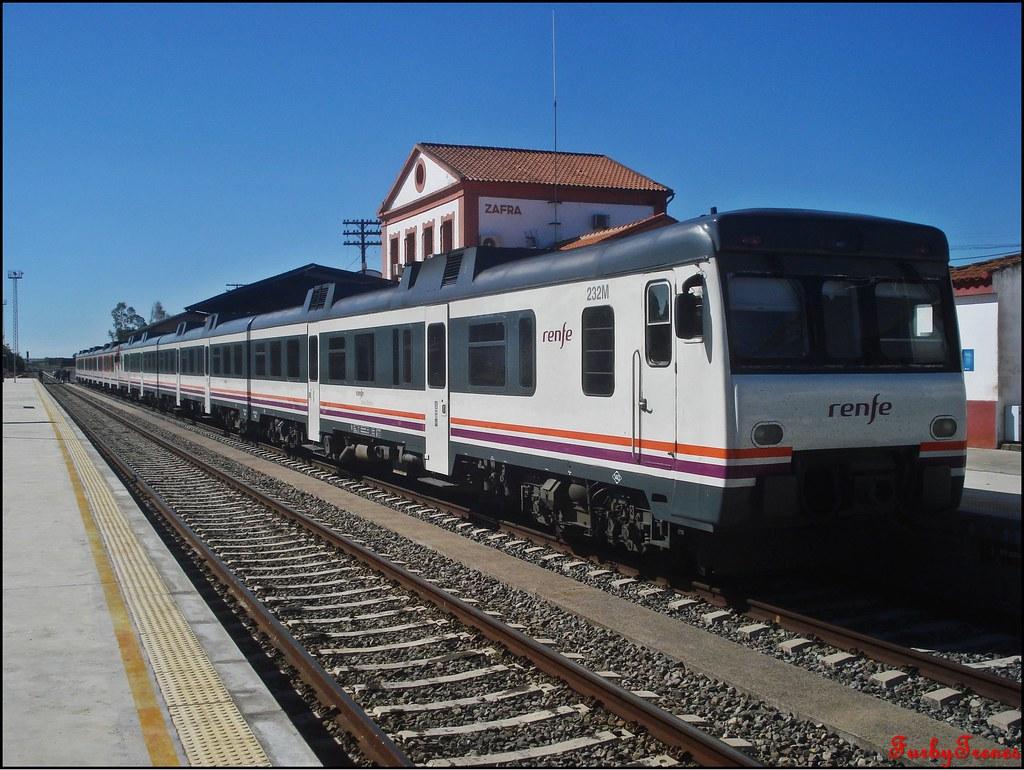 Línea Zafra-Jerez de los Caballeros 8843768585_6680d2d403_b