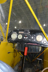 Flight instruments: Piper J3 Cub