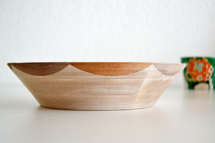 Scalloped Edge Bowl