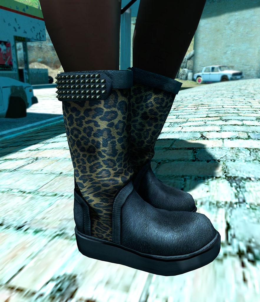 GB-Studs-belt-boots