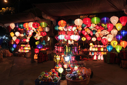 20140316_2484-Hoi-An-lanterns-w