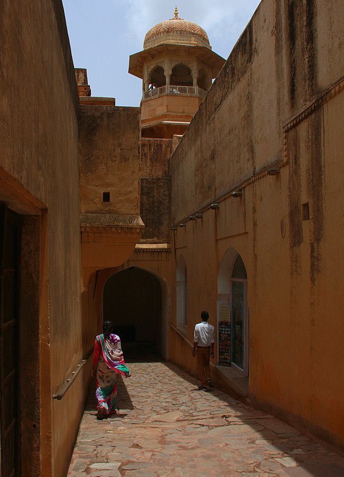 The thick old walls of amer fort