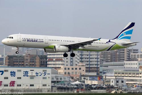 Air Busan A321 HL7735 ~ RJFF