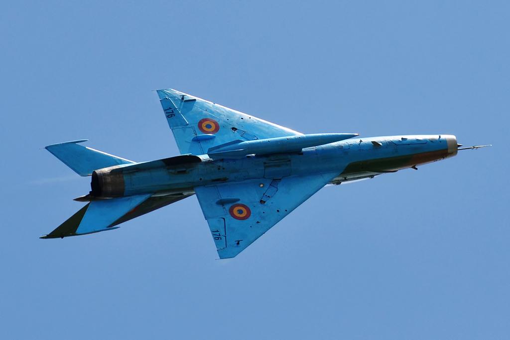 Cluj Napoca Airshow - 5 mai 2012 - Poze 6999889824_4ef8874b96_o