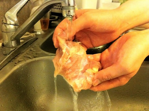 Rinsing Chicken Thighs