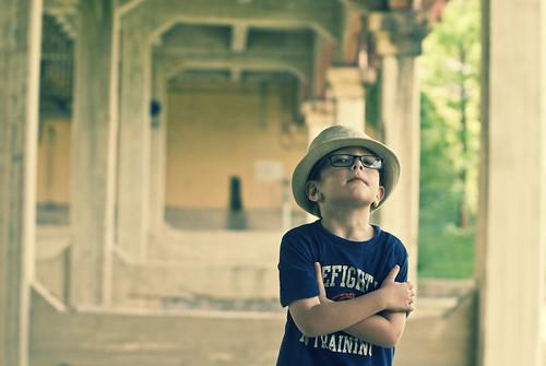 x b boy pose