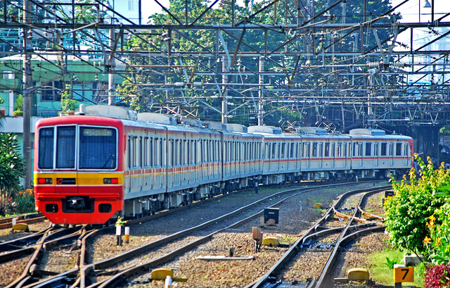 The Commuter >> KRL Commuter Line to Bogor | Flickr - Photo Sharing!