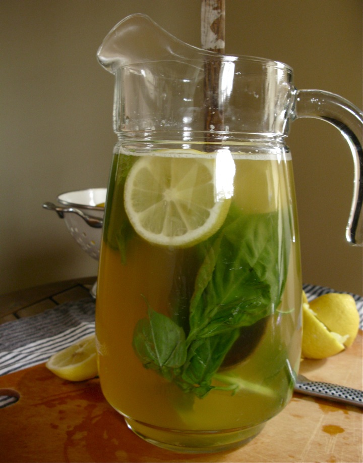 fresh homemade lemonade 005