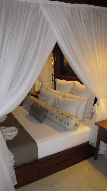 Matrimonio Bed Meaning : Canopy bed definition meaning