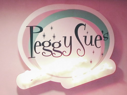 peggy sue letrero logo