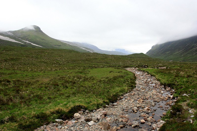 The hills surrounding Loch an Nid