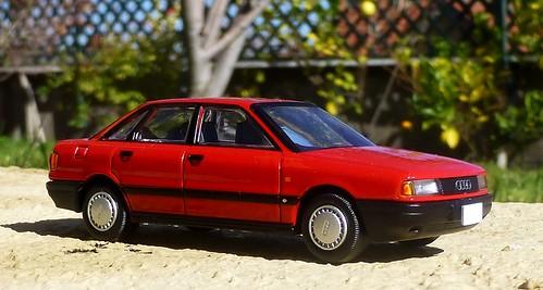 Tomica Limited Vintage Neo LV-N81 Audi 80