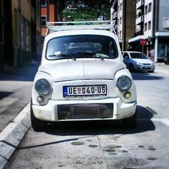 fiat 500(0.0), fiat 500(0.0), zastava 750(0.0), automobile(1.0), automotive exterior(1.0), vehicle(1.0), fiat 600(1.0), city car(1.0), compact car(1.0), land vehicle(1.0),