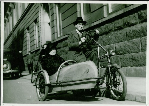 Bike with a side car (Between 1940 and 1945)