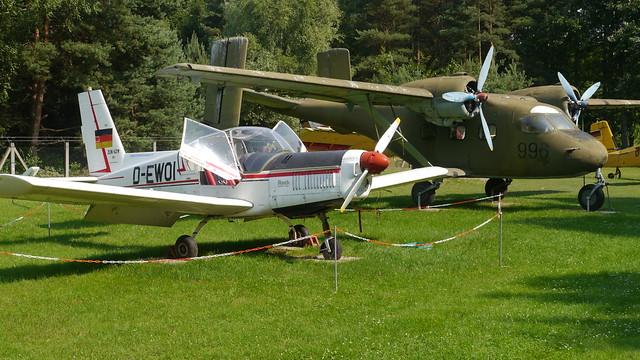 Zlin 42M und Antonow An-14