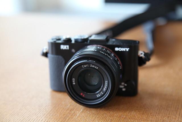SONY XR1