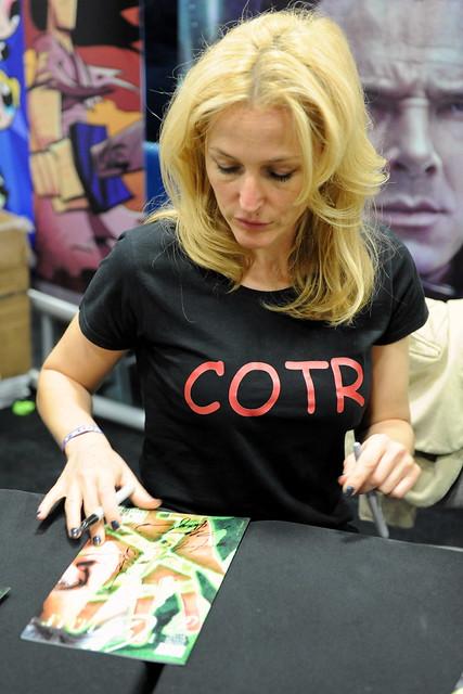 San Diego Comic-Con 2013: Gillian Anderson