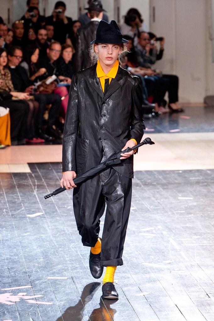 Erik Andersson3155_SS14 Paris Yohji Yamamoto(fashionising.com)