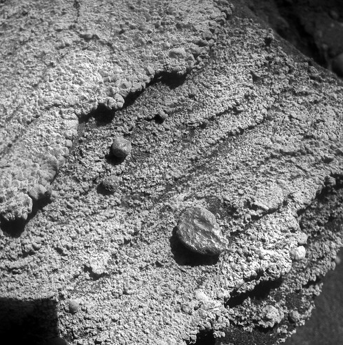 Opportunity sol 3378 Microscopic Imager mosaic -  Black Shoulder