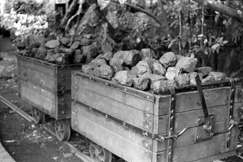 Mining Carts at the Blue Mountains