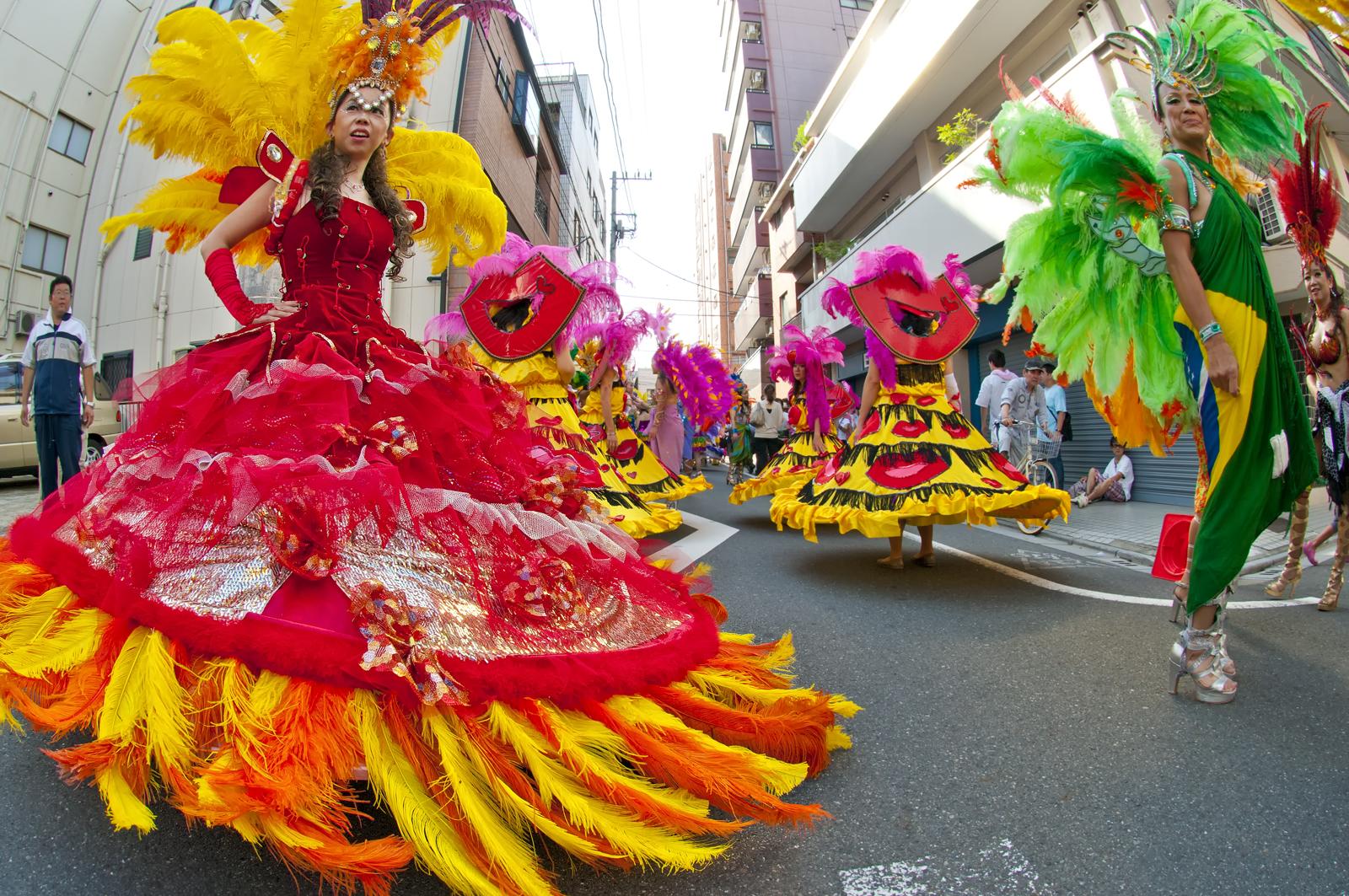Japán utazás ünnepek, Asakusa Szamba Karnevál