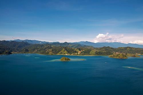 mountain nature water sumatra indonesia landscape island volcano asia view indonesien westsumatra cubadak cubadakisland
