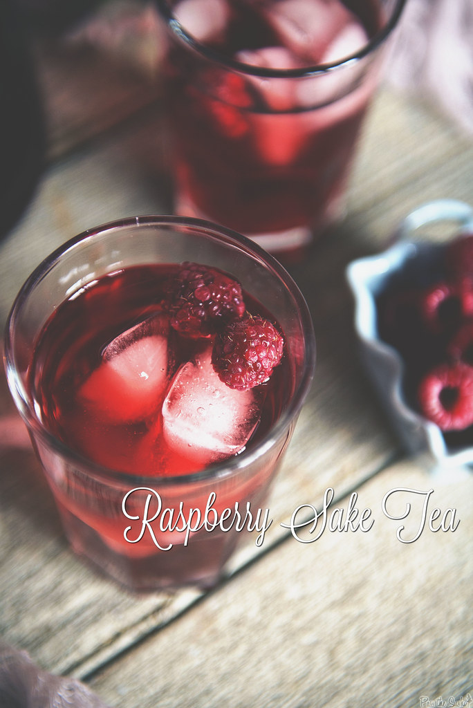 Raspberry Sake Tea Cocktail