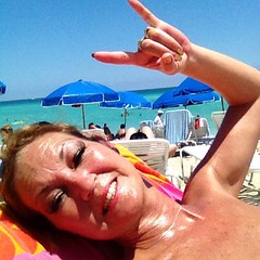 #LifeIsGood #BeachSelfie ☀ #RockAndRoll