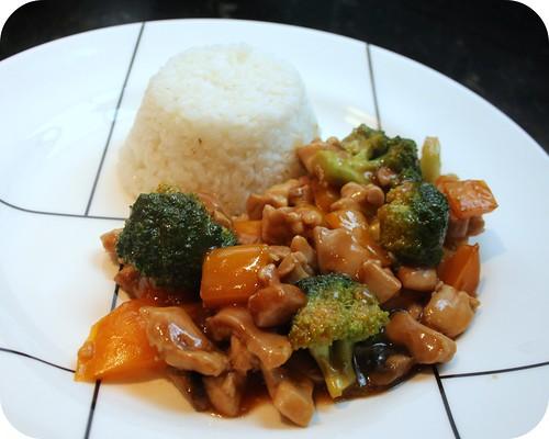 Ultimate Sriracha Chicken Stir Fry