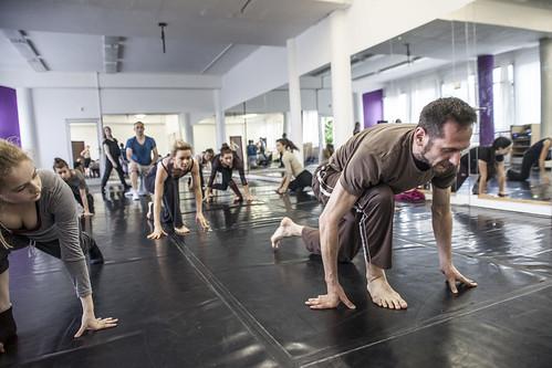 Dano Raček: Contemporary a obrácené pozice těla - workshop