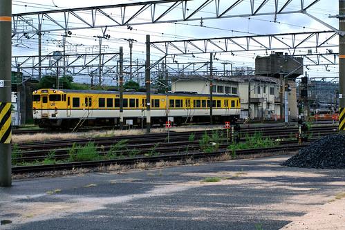 station yellow japan train jr 日本 電車 駅 shimonoseki 山口県 japanrailways shimonosekistation yamaguchiprefecture 中国地方 下関市 chūgoku chūgokuregion japan92011 33944001130917721