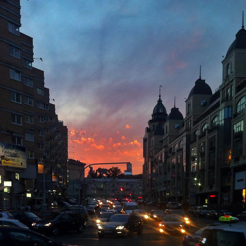 Sunset. Kyiv. Skoropadskogo str. by grocap